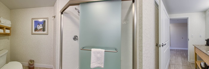 Panorama of the Ocean View King Bed Refrigerator at the Hampton by Hilton Bar Harbor