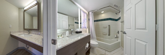 Panorama of the One Bedroom at the Holiday Inn Resort Orlando Suites - Waterpark