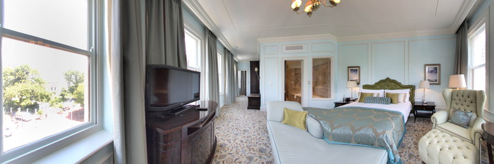 Panorama of the One Bedroom Suite (Heritage) at the Taj Cape Town