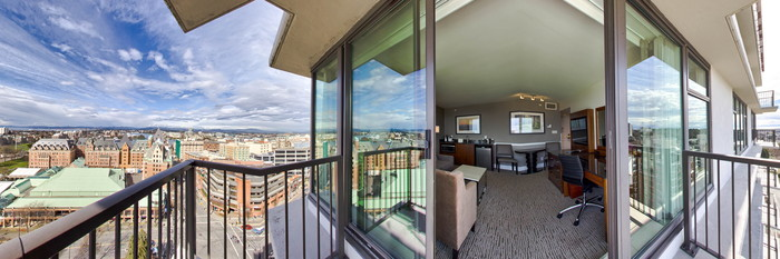 Panorama of the One Bedroom View Suite at the DoubleTree by Hilton Hotel & Suites Victoria