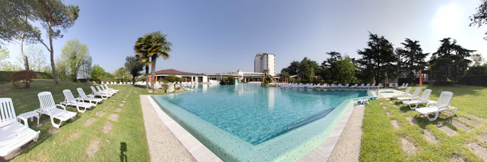 Panorama of the Outdoor Pool at the Hotel Garden Terme