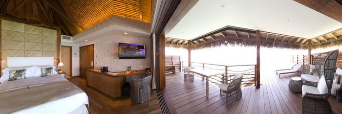 Panorama of the Overwater Motu Villa Suite at the InterContinental Tahiti Resort & Spa