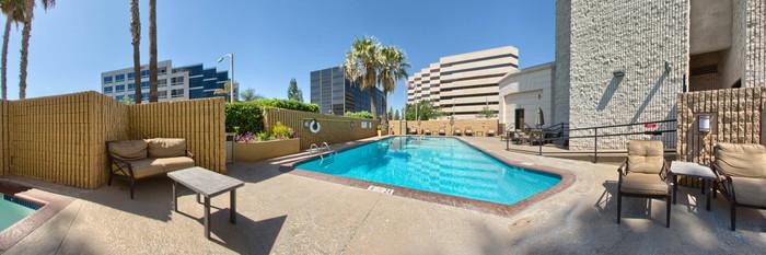 Panorama of the Pool at the Hilton Pasadena