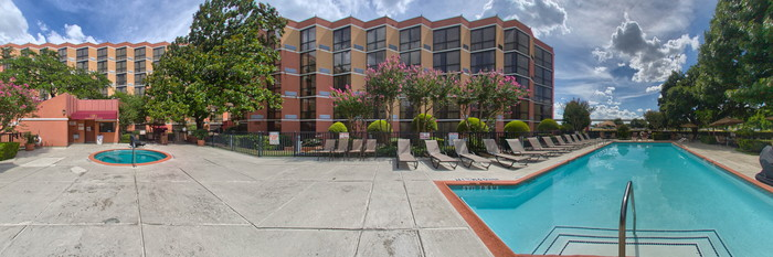 Panorama of the Pool at the Crowne Plaza Austin