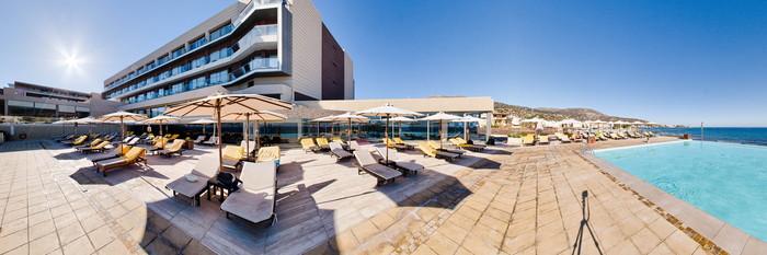 Panorama of the Pool at the Aktia Lounge Hotel & Spa