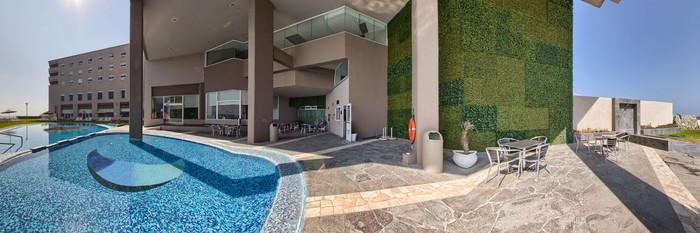 Panorama of the Pool at the Hilton Garden Inn Boca del Rio Veracruz