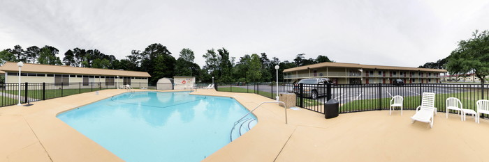 Panorama of the Pool at the Econo Lodge Inn & Suites