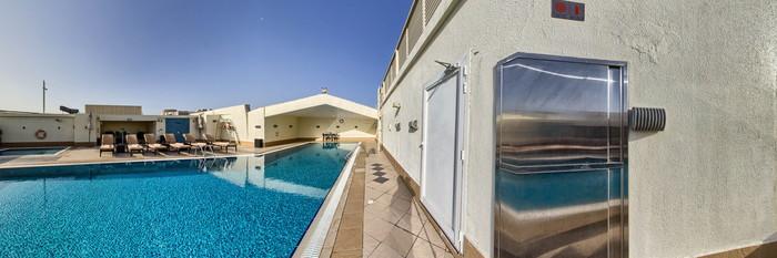 Panorama of the Pool at the AVANI Deira Dubai Hotel