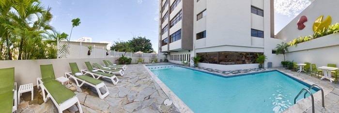 Panorama of the Pool at the Radisson Hotel Santo Domingo