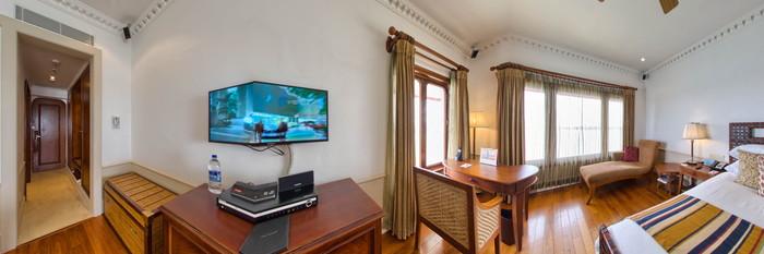 Panorama of the Premium Indulgence Sunset View Room at the Vivanta by Taj - Malabar