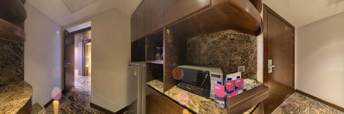 Panorama of the Presidential Suite at the Crowne Plaza Kochi