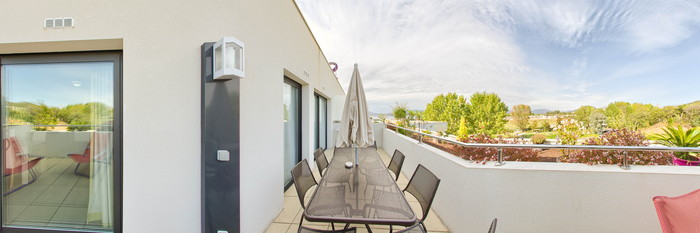 Panorama of the Privilege Suite at the Suite Home Porticcio