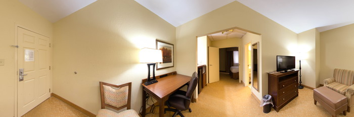 Panorama of the Queen Suite at the Country Inn & Suites By Carlson, Atlanta Downtown South at Turner Field