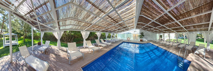 Panorama of the Relax Pool at the Eix Alzinar Mar Suites - Adults Only