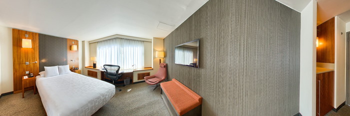Panorama of the Standard King at the Le Parker Meridien New York
