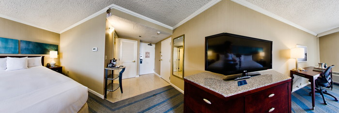 Panorama of the Standard King Room at the Hilton Irvine/Orange County Airport