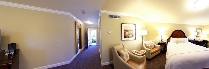 Panorama of the Standard King Room with Fireplace and Balcony at the Napa Valley Lodge