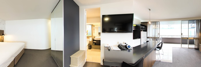Panorama of the Standard Room at the Punthill Brisbane