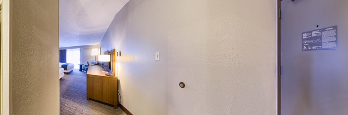 Panorama of the Standard Two Queen at the DoubleTree by Hilton Hotel Park City - The Yarrow