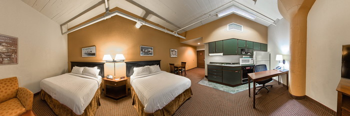 Panorama of the Studio Double at The Suites Hotel in Canal Park
