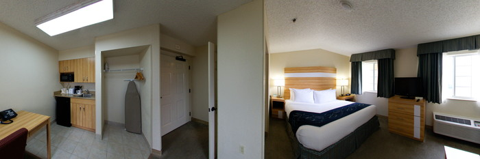 Panorama of the Studio Queen Bed at the Comfort Suites Seven Mile Beach