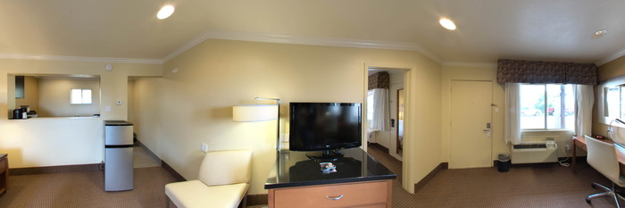 Panorama of the Suite at the Hotel Aspen InnSuites Flagstaff / Grand Canyon