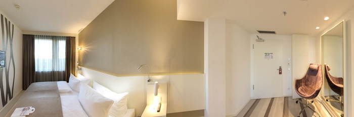 Panorama of the Superior Double Room at the Leonardo Hotel Berlin Mitte