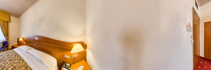 Panorama of the Superior Double Room with Moquette at the Novo Hotel Rossi