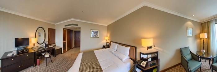 Panorama of the Superior King Garden View Room at the Okura Garden Hotel Shanghai