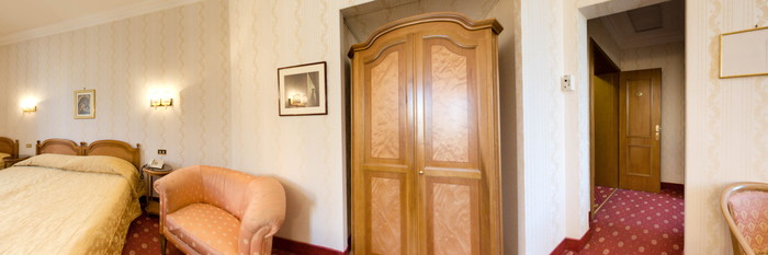 Panorama of the Triple Room at the Hotel Torino