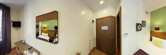 Panorama of the Twin Room at the Hotel Lloret Ramblas