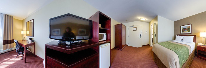 Panorama of the Two Double Beds at the Comfort Inn Halifax