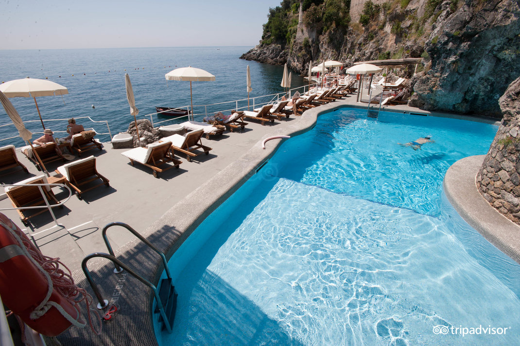 Hotel Santa Caterina pool