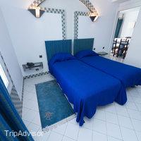 Tagadirt Hotel