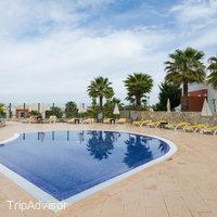 Vitor's Village Resort