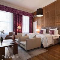 Tigerlily Hotel