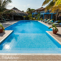White Sands Cove Resort