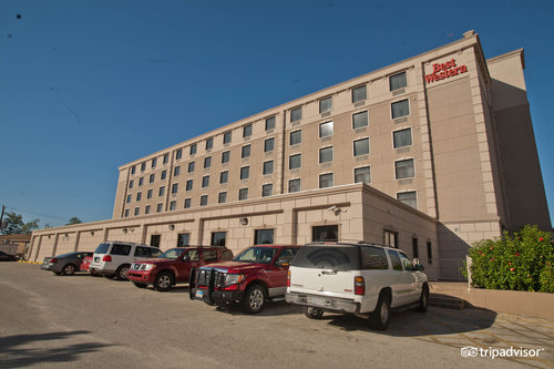 Best Western Plaza Hotel & Suites At Medical Center