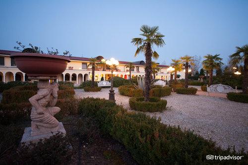Terme Francescane Village
