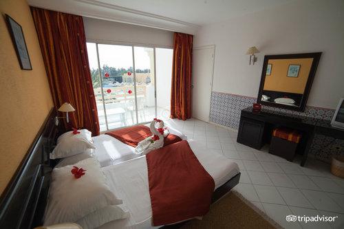 Ramada Liberty Resort Hotel