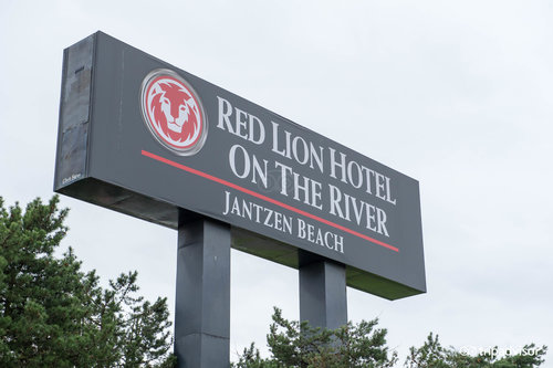 Red Lion Hotel on the River