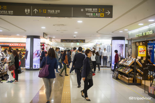 Gangnam / Nonhyeon / Yeoksam