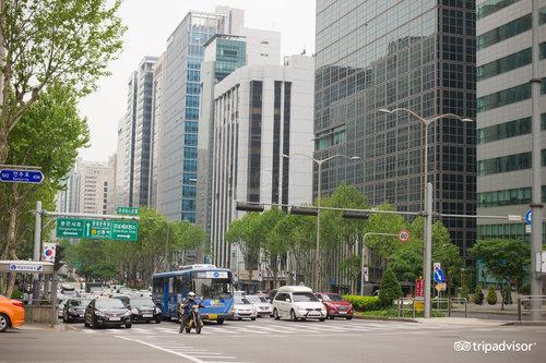 Gangnam, Nonhyeon e Yeoksam
