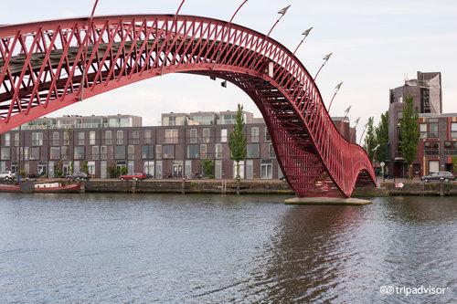 Zona portuaria del este (Oostelijk Havengebied)