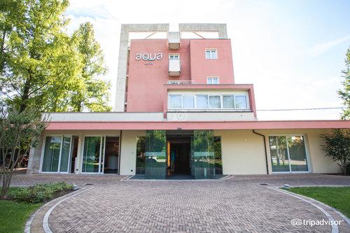 호텔 아쿠아