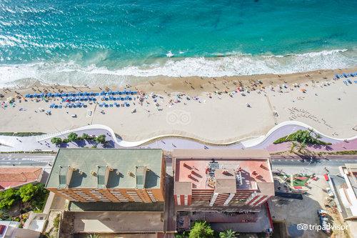 Beni Beach Apartments