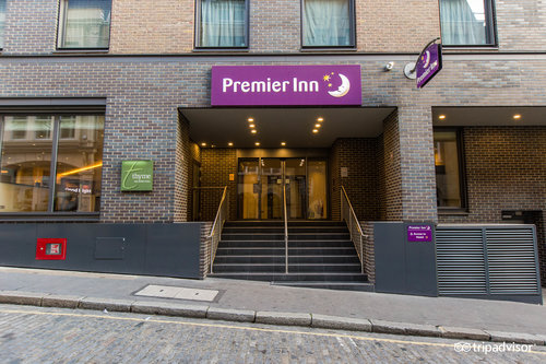 Street at the Premier Inn London Bank (Tower) Hotel (169726809)
