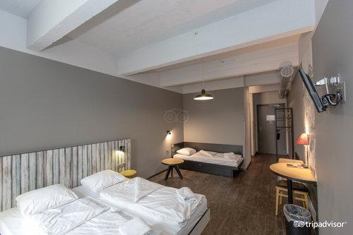 MEININGER Hotel Brussels City Center