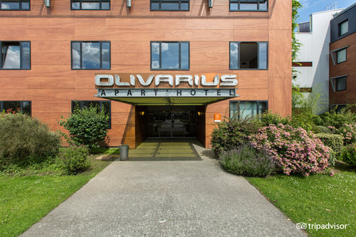 オリヴァリウス リール アパートホテル