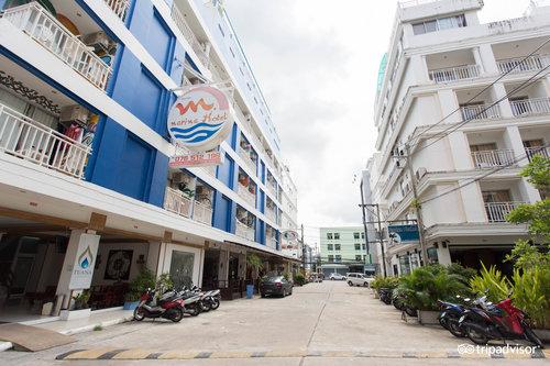 M Narina Hotel